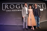 MEXICO CITY – November 22: Diego Luna, Felicity Jones & Gareth Edwards at the black carpet of the ROGUE ONE: A STAR WARS STORY fan event in Mexico City.
